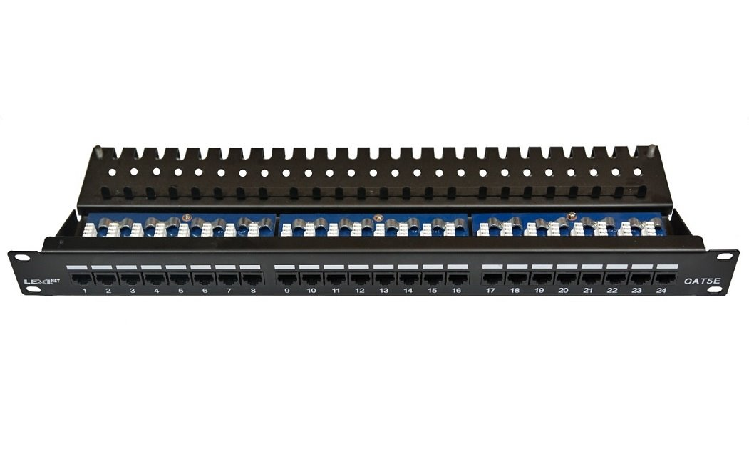 "Patch panel LEXI-Net UTP CAT5E 24p. 1U Black, 19"" horní zářez"