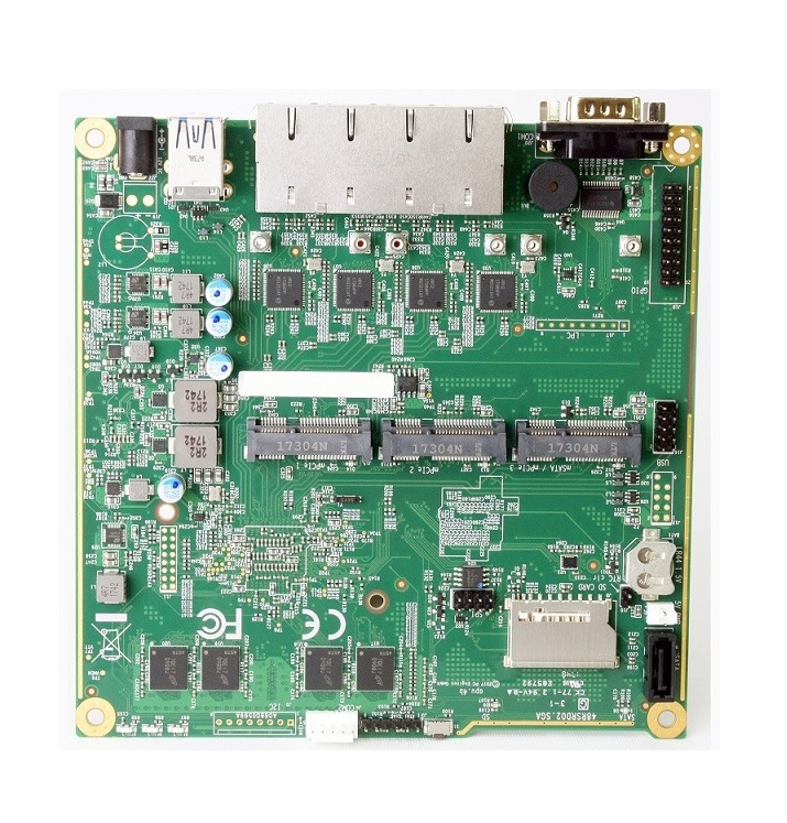 PC Engines APU.4C4 system board (GX-412TC quad core / 4GB / 4 Intel GigE)